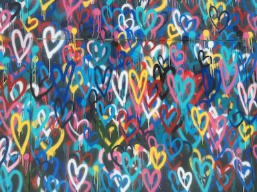 Photo of graffiti hearts